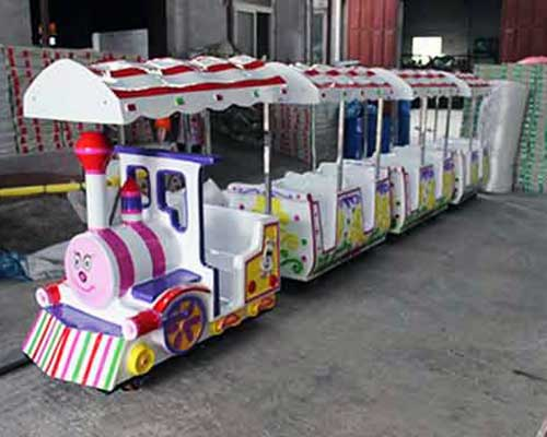 miniature rideable train