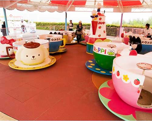 amusement park teacups